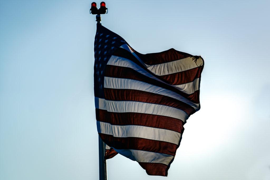 Flag, 70-200mm